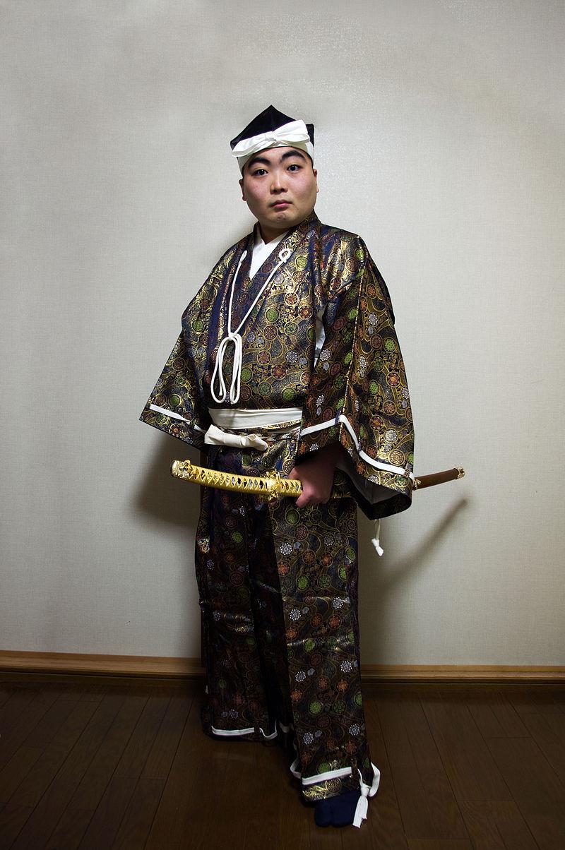 بالصور كل ما يدور حول اللباس التقليدي الياباني 20160716 841