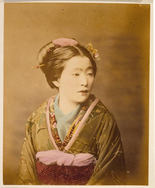 بالصور كل ما يدور حول اللباس التقليدي الياباني 20160716 843