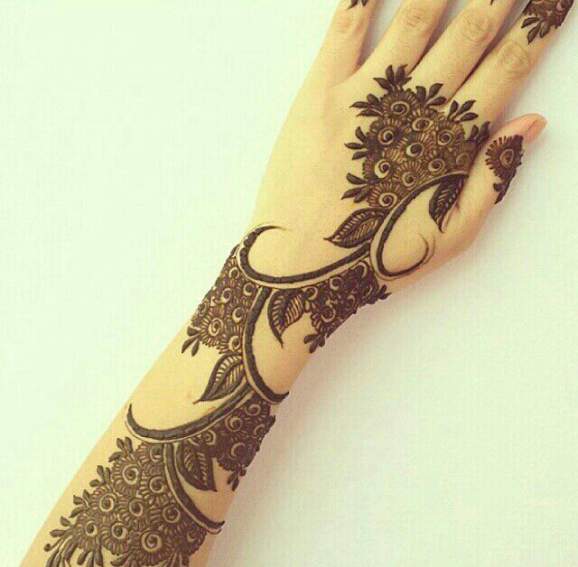 Mehndi Designs Khafif : Khafif mehndi design for fingers makedes