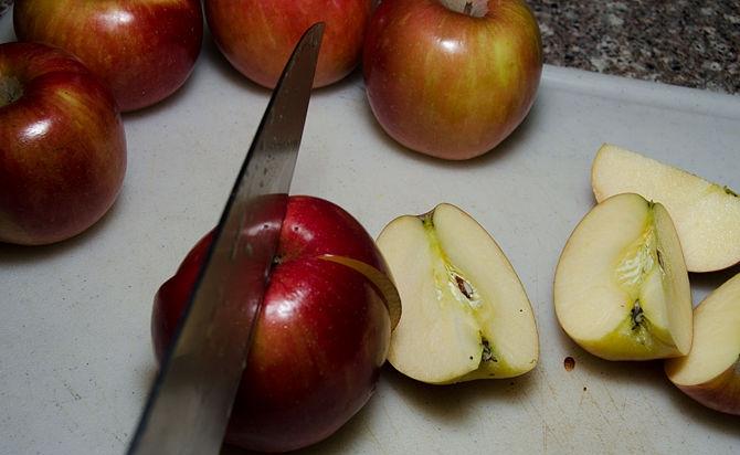 بالصور كيف يصنع خل التفاح في البيت 20160717 2273