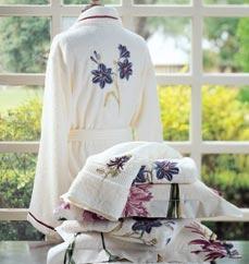 جهاز العروس و طريقة التنسيق ملابس العروس 694_p17707.jpg