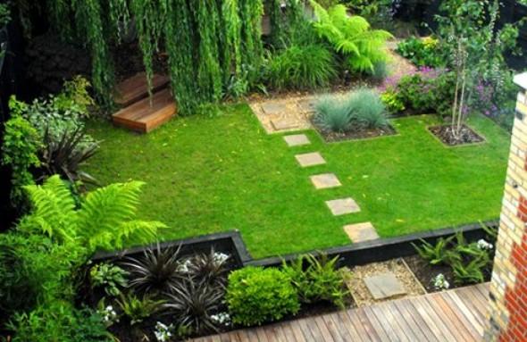 حديقة للمنزل جميلة صغيرة