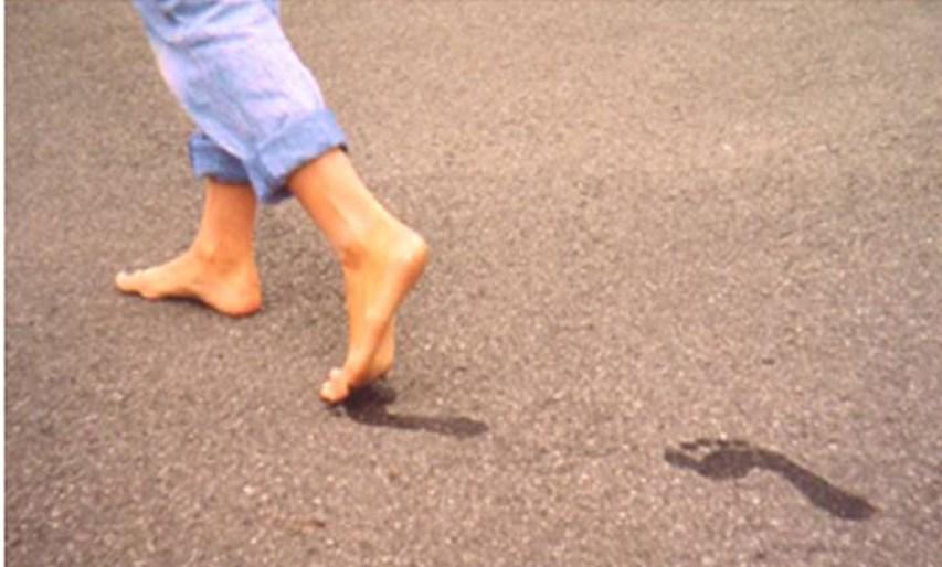 صورة عدم القدرة على المشي في المنام