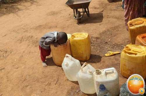 بالصور صور اطفال الصومال يحتضرون من الجوع 20160718 3189