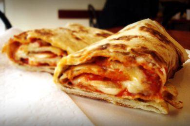 بيتزا ساندويتش