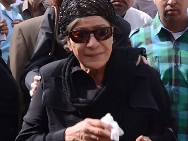 بكاء عايده عبدالعزيز