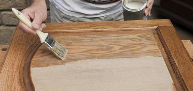 بالصور طريقة دهان وصبغ الخشب 20160719 1187