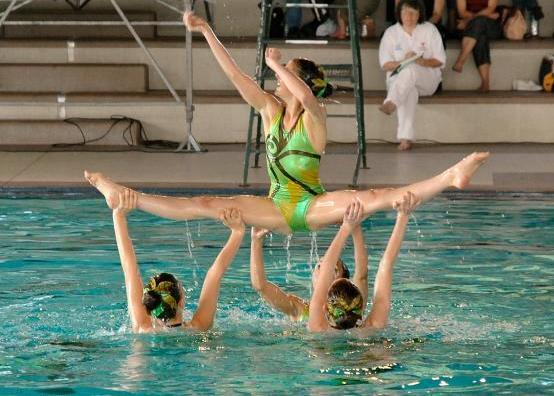 بالصور معلومات عن مسابقة السباحة 20160723 666