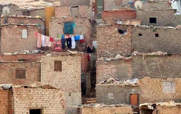 بالصور بحث عن العشوائيات في مصر 20160724 554