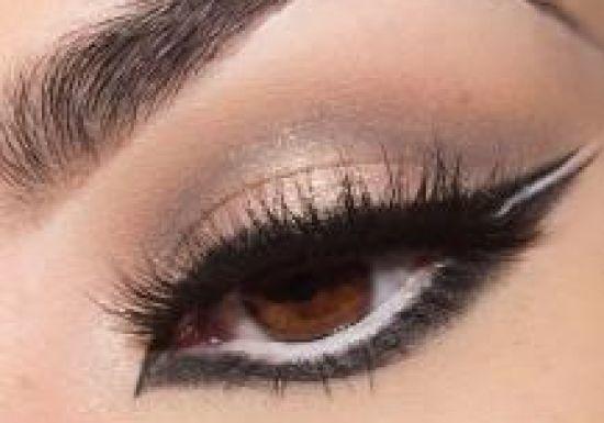 بالصور طريقة عمل مكياج  لتكبير العيون 20160724 754