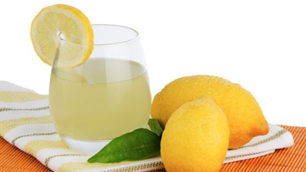 صورة طريقة عمل الليموناضه بشكل سهل 20160728 132