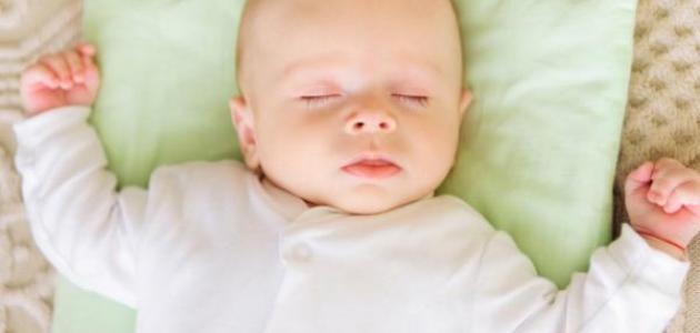 بالصور طريقة تنويم الطفل الرضيع 20160728 73