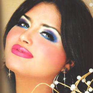 صور الممثلة البحرنية حورية عرفات