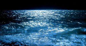 صوره اجمل صور للبحر في الليل