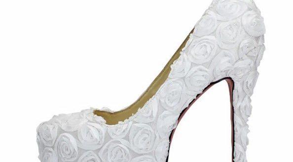 بالصور حذاء ابيض انيق للعروس c1ff3e07b8f8731653fbdcc6e284fbe1 594x330