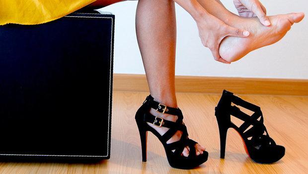 بالصور احدث موديلات الاحذيه الحريمي بالصور header image women wear high heels main image fustany