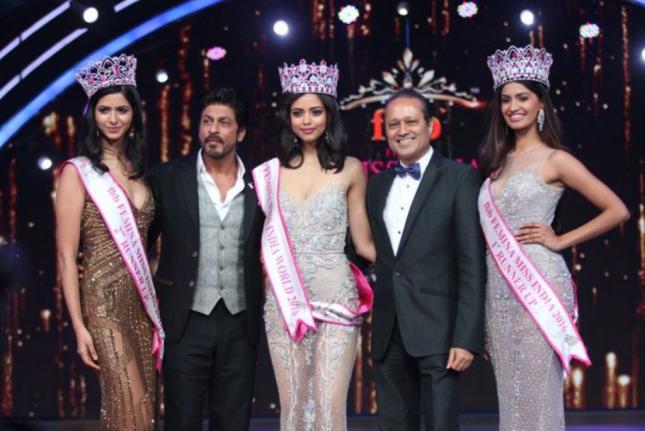 صوره تتويج ملكة جمال الهند للعام 2017 وشاروخان يشعل اجواء الحفل